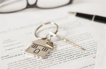 Какие документы нужны для продажи квартиры с долей несовершеннолетнего в 2020