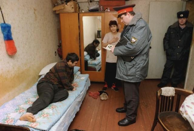 Выселение из квартиры незаконно проживающих лиц в 2020 - без суда