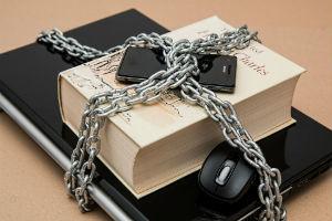 Арест имущества должника в 2020 - судебными приставами, как написать заявление