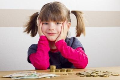 Приватизация квартиры с несовершеннолетним ребенком в 2020 - участвуют ли, если выписан, родители в разводе