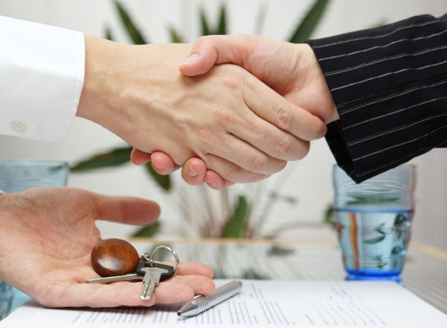 Оформление переуступки прав собственности на квартиру в новостройке в 2020